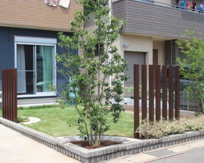 オープンの中にもクローズ感のある「緑の庭」|千葉県佐倉市にお住いのI様邸のお庭